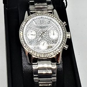 NWT AKRIBOS XXIV Stainless Steel Swarovski Watch